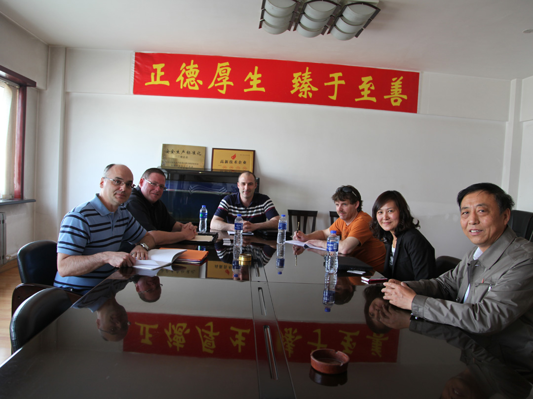 US customers visit LNBF for business negotiations and sign